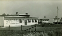 Picture of Meadowland Elementary School C.1960