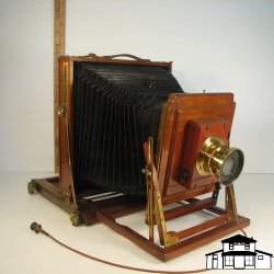 Bellows Camera Front